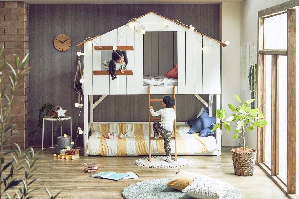 キッズ向けハウス型ベッド「僕たちの秘密基地-プティ・アパート-」二段ベッドタイプイメージ写真